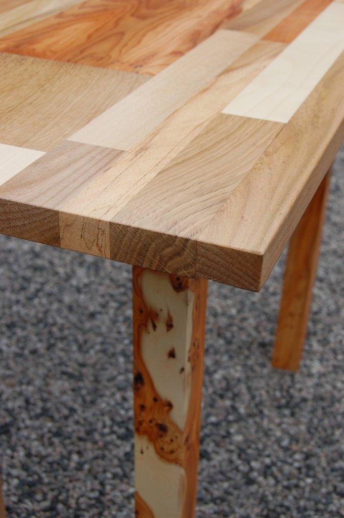 yew-side-table3.jpg