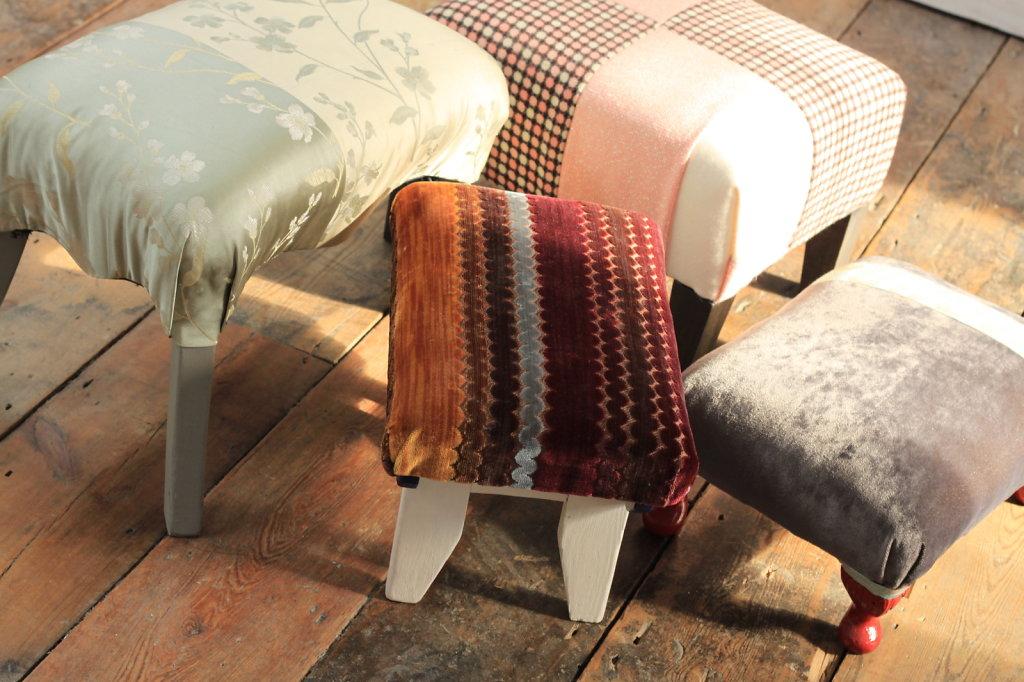 stool-family3.jpg